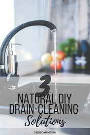 Unclog Bathtub Drain Naturally by Best 25 Diy Drain Cleaning Ideas On Pinterest Unclogging Drains
