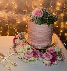 Rustic Wedding Cake Auckland 250 Flowers Supplied By Client