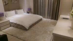 chambre d h e romantique kjo dhom eshte shum e embel dhe shum e ngrohte photo de demi