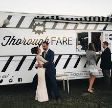 100 Wedding Food Trucks Ask Liz And How To Swing Them Silver Charm Events