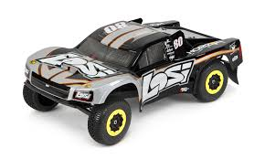 Team Losi XXX-SCT Review For 2018 (This Truck Is A Beast!) | RC Roundup
