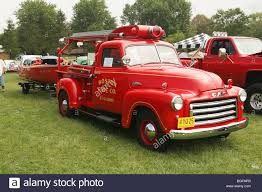 Truck- 1950 GMC Young 150 Mini Fire Truck Stock Photo: 27390468 - Alamy