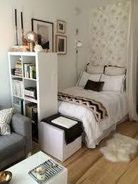 30 Amazing College Apartment Bedroom Decor Ideas 5