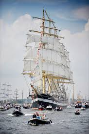 Hms Bounty Tall Ship Sinking by Arrival Of The Tall Ships At Sail Amsterdam Photos корабли и