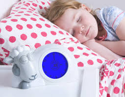 horloge chambre bébé unique deco chambre enfant avec pendule lumineuse decoration