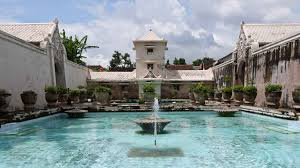 Yogyakarta City Tour Taman Sari Water Palace