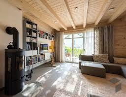 blockhaus wohnzimmer mit kamin wohnen haus kamin wohnzimmer