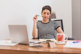 Latest Study By Emolument A Salary Benchmarking Site On 1300 Professionals Asking If They Were Bored At Work Showed That Law Are The