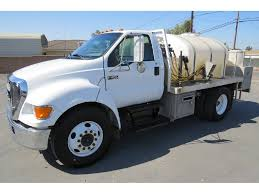 100 Ford 650 Truck 2004 FORD F Agricultural Herbicide Pesticide Spray