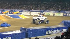 Monster Jam World Tour At Anaheim California 2017 - YouTube Monster X Tour Bakersfield Truck Freestyle California Anaheim Jam February 7 2015 Allmonster January 27 2018 Stone Crusher Obsessionracingcom Page 10 Obsession Racing Home Of The 2017 Santa Clara Youtube Salinas Ca 2014 Wheelie Contest Monster Truck Show California Uvanus Kid Trucks Pinterest Trucks And Vehicle Advance Auto Parts Oakland Feb252012 In The Best