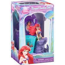 Little Mermaid Bath Decor by Amazon Com The Little Mermaid Ariel Royal Smile Set Girls