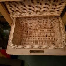 badezimmer regal aus rattan