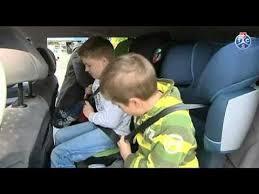 peut on mettre 3 siege auto dans une voiture test tcs sièges d enfants dans des voitures familiales