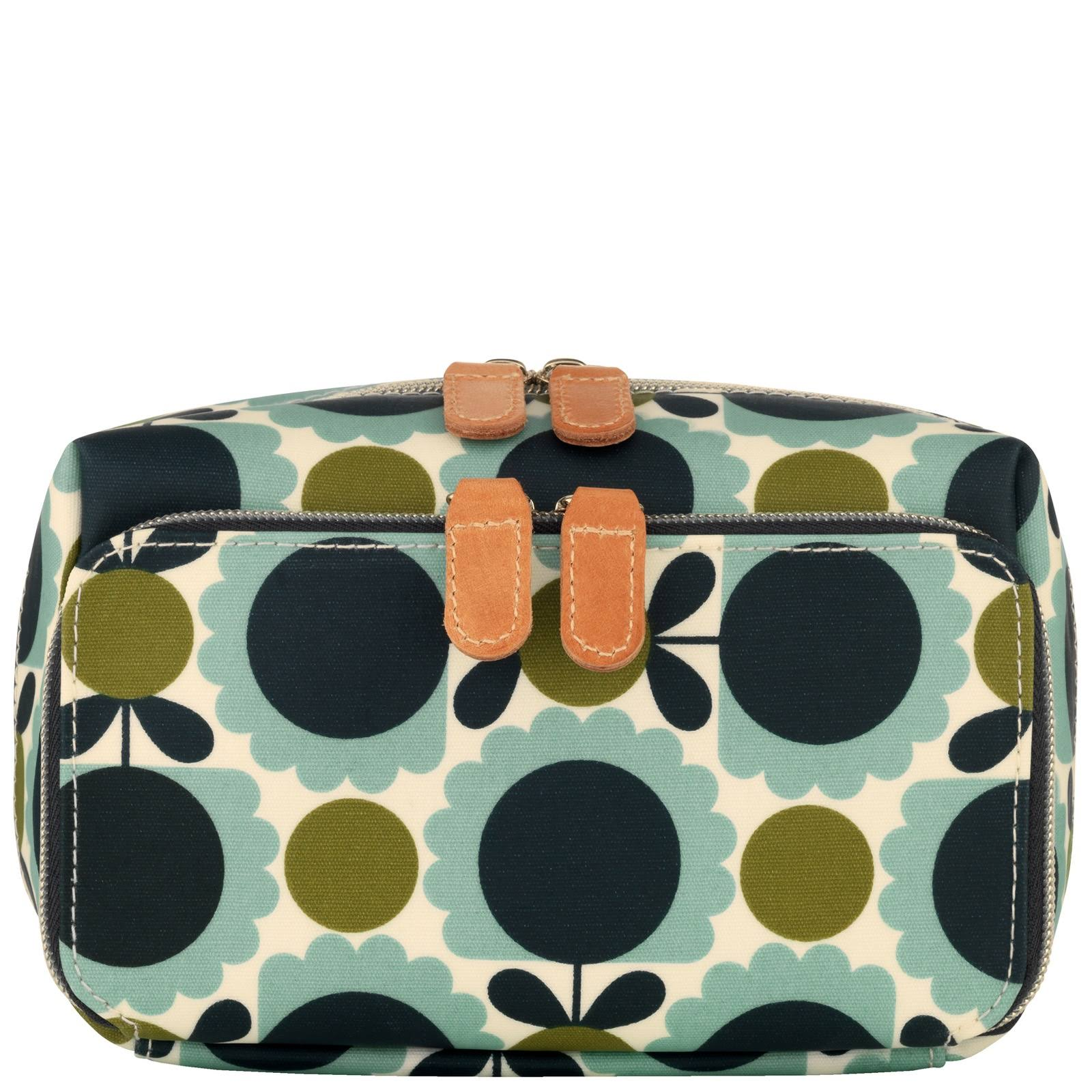 Orla Kiely Scallop Flower Medium Wash Bag