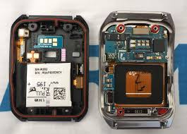 Inside the First Android Wear Devices LG G Watch & Samsung Gear Live Teardown