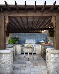 cuisine d ete couverte la cuisine d été le centre and sympa du jardin pendant les