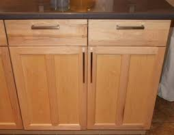 Shaker Cabinet Hardware Placement by Kitchen Cabinet Knob Placement