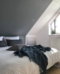 sunday schlafzimmer dachschräge wandfarbe