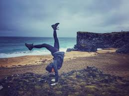 Traveling Handstands October 2014 by Young Woman Does A U201chandstand Walk U201d Around Iceland Icenews