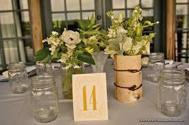 Mason Jars Are My New Obsession You Can Do So Much With Them And They Cost Little Add That Perfect Country Flare Along Their Elegance