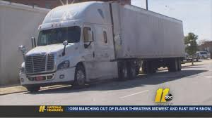 Truck Carrying $4.8M In Gold Robbed Along I-95 In Wilson County ... Columbus Police Searching For Three Armed Suspects After Brinks Garda Armored Truck Insssrenterprisesco Car Guard Shot In Sacramento Credit Union Robbery Armored Robbed Outside Wells Fargo Inglewood Abc7com Cmpd Vesgating Of West Charlotte Smart Water Anti System Sign On The Back An Armoured Truck Driver Shoots Atmpted Robber In Little Village Worker Fatally Midcity Bank 1922 Us Mint Denver Suspect Dead Phoenix Youtube By Man And Woman East Side Wsyx
