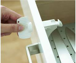 Magnetic Locks For Furniture by 25 Unique Magnetic Lock Ideas On Pinterest Diy Furniture With
