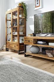möbel aus restauriertem altholz mit natura woodenforge wird