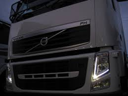 File:FH LED Lights.JPG - Wikimedia Commons United Pacific Industries Commercial Truck Division Headlamp For Volvo Vnl 2003 With Black Reflector Miamistarcom Led Light Source 042017 Vnx Vnl Vnm Truck Headlights And Accsories Page 2 Uatparts Fog Kit Deep Space Lighting Bumper Assembly Best Aftermarket The Lowest Price The Way Transport Topics 0417 Vnl Car Image Ideas Chrome Halogen Headlight Passenger Side