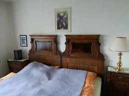 antikes massiv holz schlafzimmer aus der jahrhundertwende 19 20 handgeschreinert aus heimischen harthölzern mit viel liebe zum detail