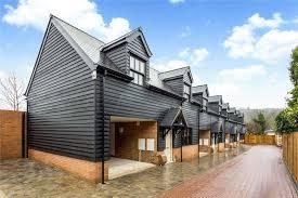100 Mews Houses Bulbourne
