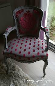 relooking fauteuil louis xv fauteuil louis xv avant après cottage et patine le