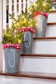 10 Minute Christmas Decorating Idea