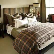 Masculine Bedroom Furniture by Best 25 Masculine Bedrooms Ideas On Pinterest Masculine Home