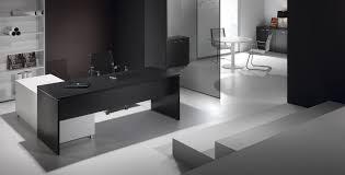 bureau blanc et fabuleux bureau blanc et noir bureaux 3 129 jpg 822 beraue agmc dz