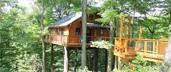 100 Tree Houses With Hot Tubs Rustic House Lodging In Berlin Ohio