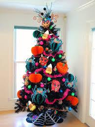 A Dozen Ideas For How To Decorate Black Christmas Tree Halloween Jennifer Perkins