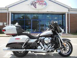 Used 2015 Harley-Davidson Ultra Limited Motorcycles In Derry, NH Used Cars Plaistow Nh Trucks Leavitt Auto And Truck Craigslist Nh Practical Box For Sale In Pa Dealer Serving Concord Manchester All Of New Hampshire Nashua Chevy Corvette Cadillac Car Dealership Lowell Ford E350 Van For 2010 Isuzu Npr White Sale In Arncliffe Suttons 2012 Mack Pinnacle Cxu612 Dump Truck For Sale 530698 Log Truck On Display At Loon Mountain Lincoln Usa Chris Nacos Sales Derry Service