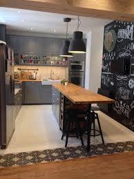 cuisine gris bois cuisine grise et bois affordable charmant plan de travail cuisine