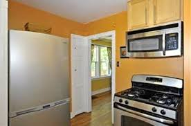 what color to paint kitchen with light wood cabinets apartment