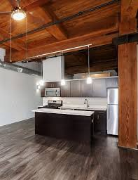 104 All Chicago Lofts Carriage House Apartments In Il