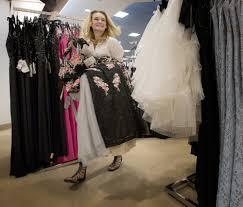 minnesota u0027s prom going girls use facebook to vet their dresses