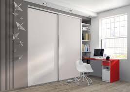 placard de chambre porte de placard décorer une chambre d adolescent ambiances déco