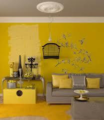 wohnzimmer farbe ideen gelbe akzente