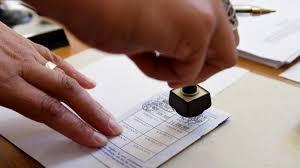 assesseur titulaire bureau de vote un lapin des baskets et des bonbons quand les assesseurs