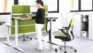 bureau ergonomique r lable en hauteur bureau ergonomique r glable en hauteur 3 avec table reglable et