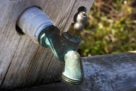 Replacing Outdoor Faucet Valve by How To Replace An Outside Water Valve That Won U0027t Shut Off Hunker