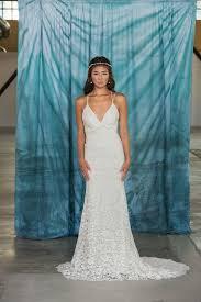 Backless Lace Wedding Dress Low Back Slim Fitted V Neck Boho Rustic WeddingCotton