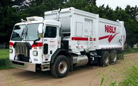 100 Trash Trucks In Action Commercial And Residential Service In Kansas Nisly Brothers