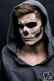 Halloween Half Mask Makeup by 21 Halloween Makeup Ideas For Men Mens Halloween Makeup