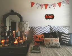 Diy Halloween Decorations Pinterest by Best 25 Halloween Bedroom Ideas On Pinterest Halloween Room